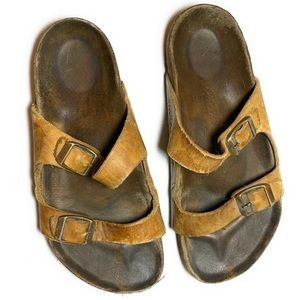 Birkenstock 👣 leather double strap sandal
